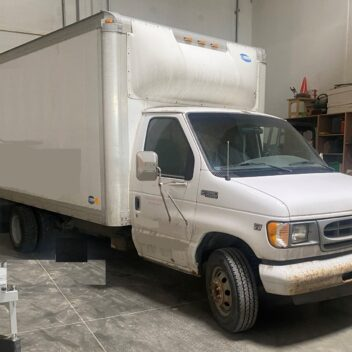 Used Ford E350 Cube Van